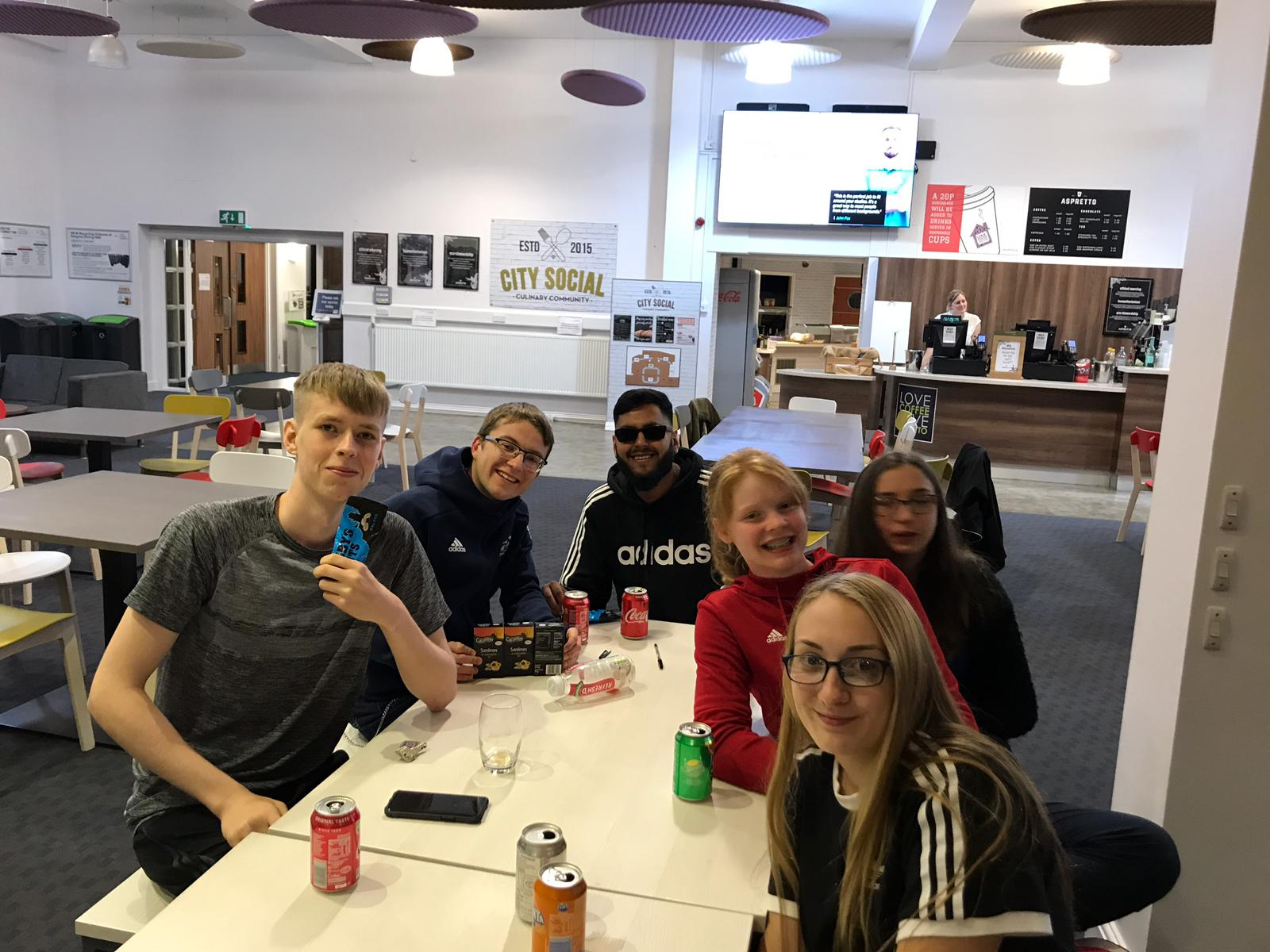 Stuart, Sam, Chelsea, Naqib, Joe and Ciara at the quiz on Saturday night