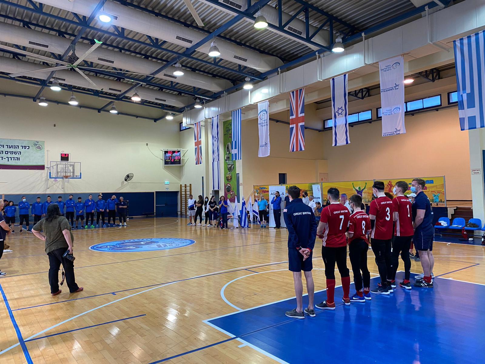 GB Men's team stood together as a team pre-match.